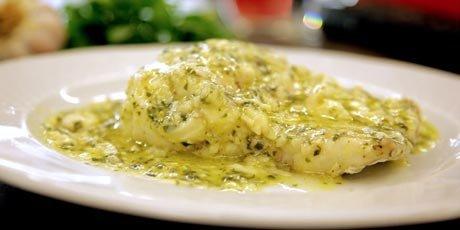 merzula_en_salsa_verde__hake_in_a_green_sauce__001